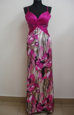 Dress INA color fuchsia from 690lv. to 390lv.